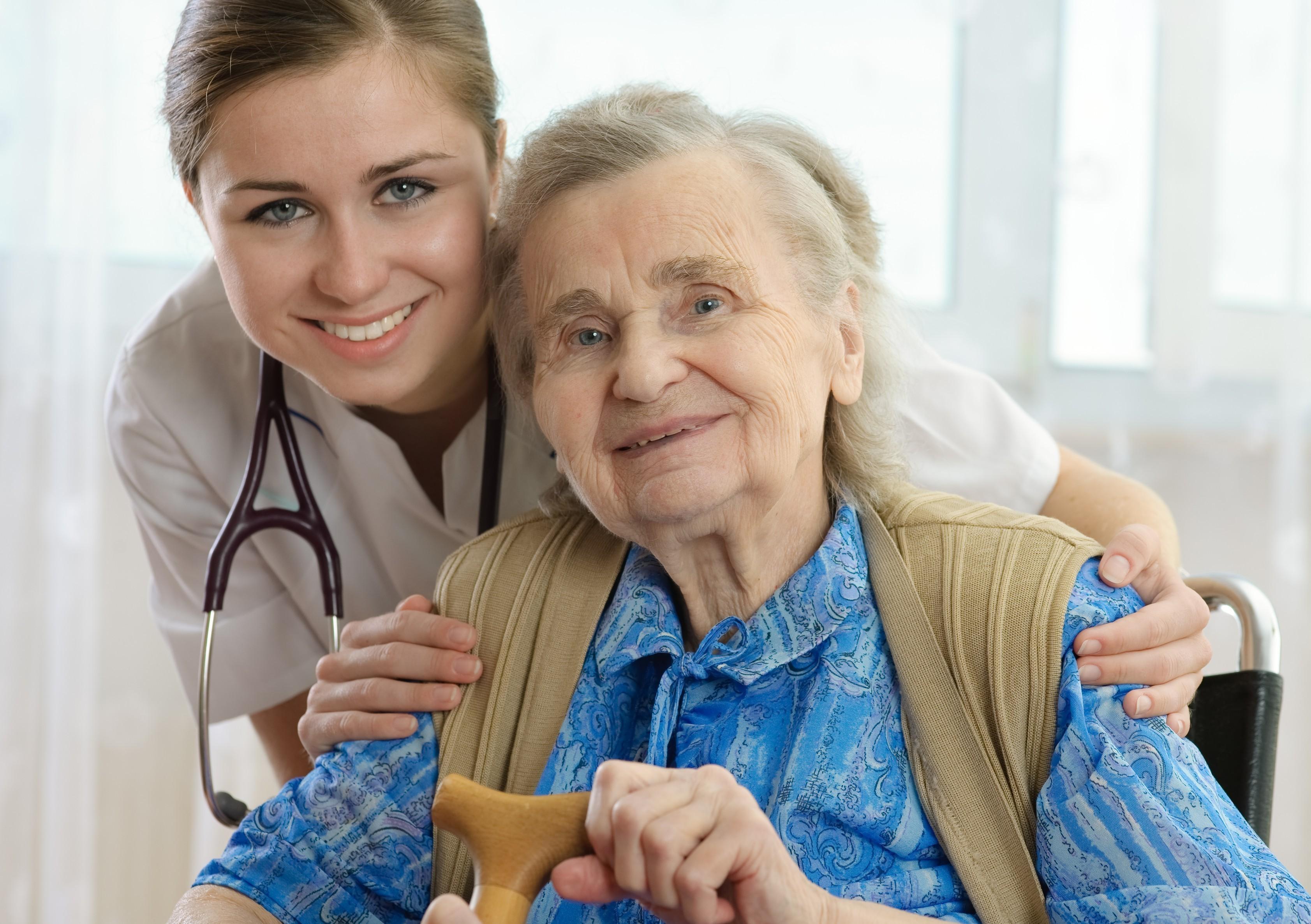cuidador-de-idosos-e1441712986232